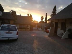 All over Africa Guest house, Penzióny  Kempton Park - big - 35