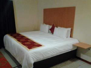 Keeme-Nao Hotel, Hotel  Mahalapye - big - 14