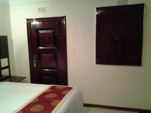 Keeme-Nao Hotel, Hotel  Mahalapye - big - 11