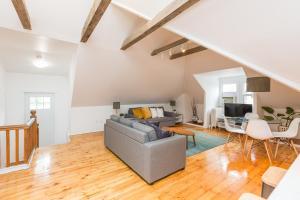 Applewood Suites - Bathurst & College, Apartmány  Toronto - big - 38
