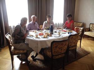 Guest House Nika, Penzióny  Gori - big - 22