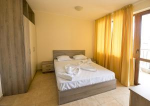 Apollon Apartments, Апартаменты  Несебр - big - 46