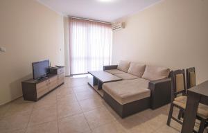 Apollon Apartments, Апартаменты  Несебр - big - 37