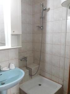 Apartament Pantelimon 17, Appartamenti  Bucarest - big - 3