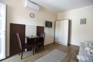 Sobe Kod Domacina, Hostels  Zrenjanin - big - 11