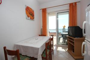 Apartment Pisak 7570a, Apartmány  Mimice - big - 2