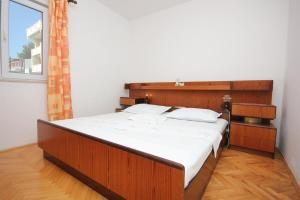 Apartment Pisak 7570a, Apartmány  Mimice - big - 3