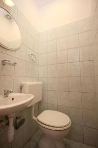Apartment Pisak 7570a, Apartmány  Mimice - big - 16