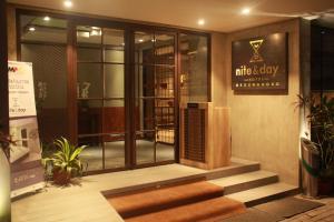 Nite & Day Surabaya - Kedungdoro, Отели  Сурабая - big - 11