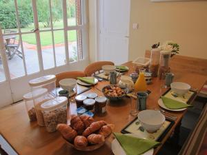 La Maison, Bed & Breakfasts  Toulouse - big - 28