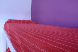 Single Bed in 4-Bed Economic Dormitory Room with Shared Bathroom