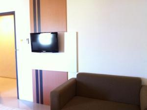Benua Hotel, Hotels  Kendari - big - 9