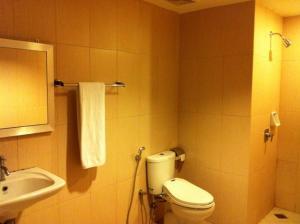 Benua Hotel, Hotels  Kendari - big - 18