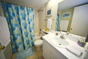 Sand Castle II Condo #202, Apartmanok  Clearwater Beach - big - 9