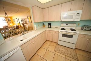 Sand Castle II Condo #202, Apartmány  Clearwater Beach - big - 4