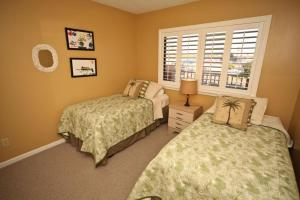 Sand Castle II Condo #202, Apartmanok  Clearwater Beach - big - 12