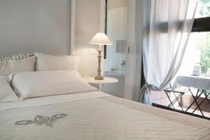 BED in BO Saragozza - AbcAlberghi.com