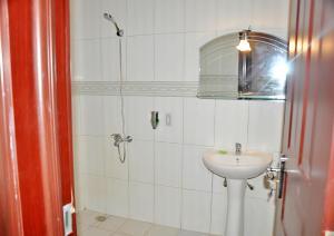Bravia Hotel Lome, Szállodák  Lomé - big - 12