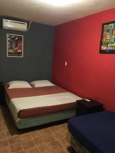 Hostal Casa Makoi - El Tunco, Гостевые дома  El Sunzal - big - 1