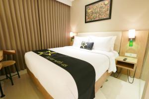 Yellow Star Gejayan Hotel, Hotels  Yogyakarta - big - 2