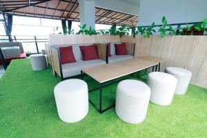 Yellow Star Gejayan Hotel, Hotels  Yogyakarta - big - 39