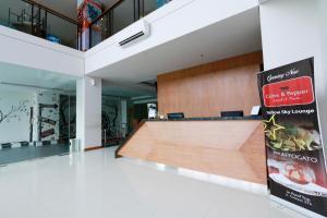 Yellow Star Gejayan Hotel, Hotels  Yogyakarta - big - 16