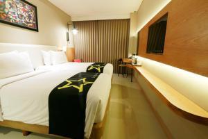 Yellow Star Gejayan Hotel, Hotels  Yogyakarta - big - 9