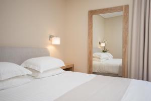 Porto Naxos, Hotels  Naxos Chora - big - 12