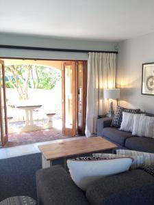 13 Bay Sands, Apartmány  Plettenberg Bay - big - 3