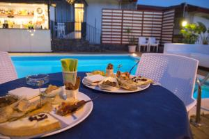 La Terrazza, Bed & Breakfast  Aci Castello - big - 34