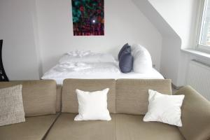 Tolstov-Hotels Old Town Apartment, Apartmanok  Düsseldorf - big - 54