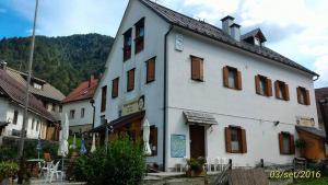 Rifugio Casa Alpina Julius Kugy, Хостелы  Malborghetto Valbruna - big - 58