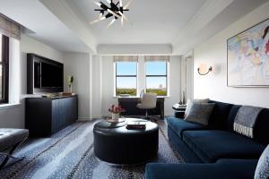 One-Bedroom King Suite with Sofa Bed-Central Park View