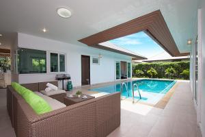 Villa Kalasea, Vily  Pattaya North - big - 26