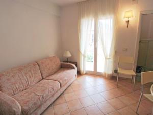 Locazione turistica Le Saline.5, Apartments  Borgio Verezzi - big - 11
