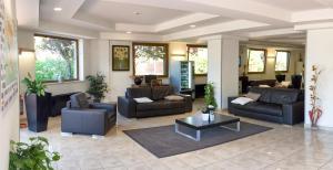 Excel Hotel Roma Ciampino, Hotely  Marino - big - 36