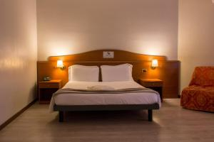 Excel Hotel Roma Ciampino, Hotely  Marino - big - 5