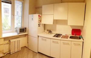 Molodezhka Apartment