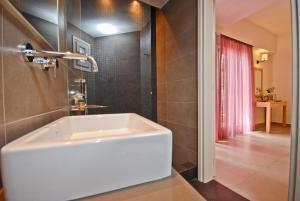 Xenia Hotel, Отели  Наксос - big - 13