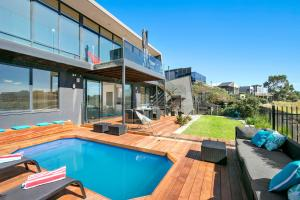 Fabulous Home With Swimming Pool