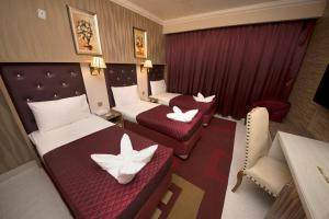 Sutchi Hotel, Отели  Дубай - big - 37