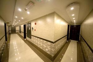 Sutchi Hotel, Отели  Дубай - big - 48