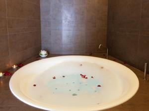 Eolian Milazzo Hotel, Отели  Милаццо - big - 25