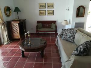 Ktima Grammeno Beachside Villa, Vily  Kountoura Selino - big - 39