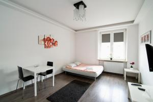 Goodnight Warsaw Apartments - Plac Konstytucji 3, Appartamenti  Varsavia - big - 1