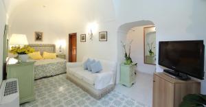 Hotel Villa Brunella, Отели  Капри - big - 13