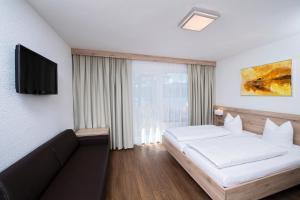 Terrassenhotel Reichmann, Hotels  St. Kanzian am Klopeiner See - big - 24