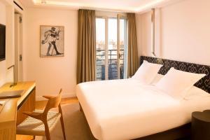 Hotel Marignan Champs-Elysées, Отели  Париж - big - 15