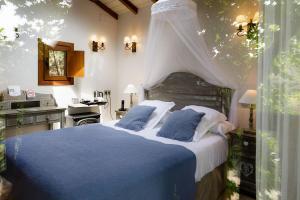 Hotel Jakue, Hotel  Puente la Reina - big - 3