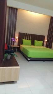 City Hotel, Hotel  Tasikmalaya - big - 17